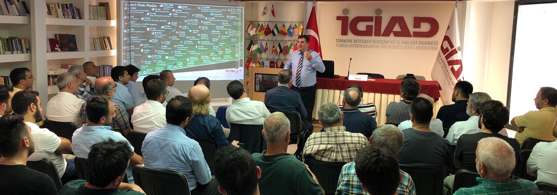 Ekonomi Konferansında Gündem Kur Savaşları